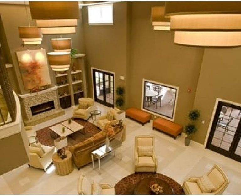 Marcis Pointe Sitting Room
